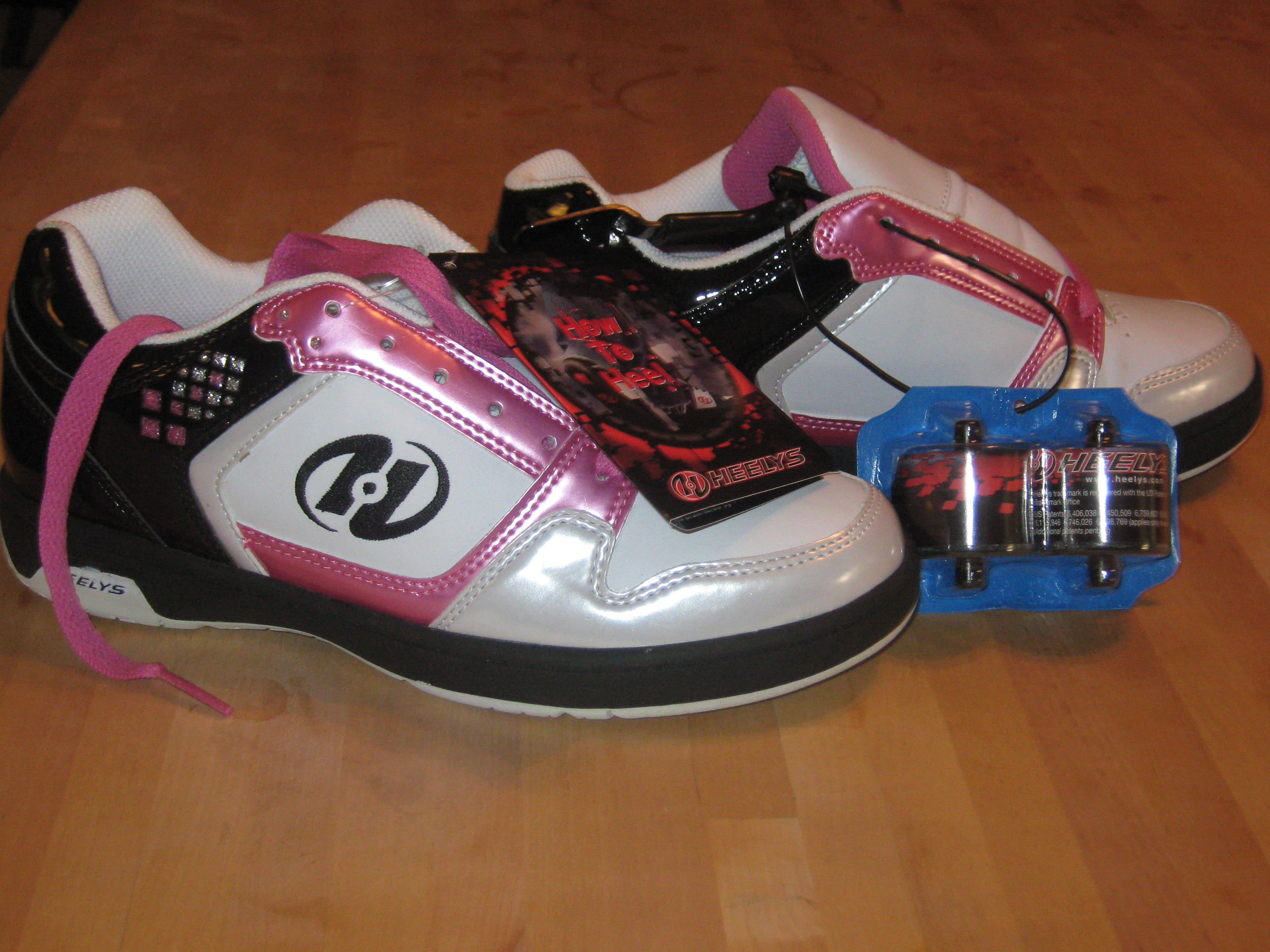 Heely skate shoes reviews - When I Conjure Up Thoughts Of Heely S Brand Skating Shoes