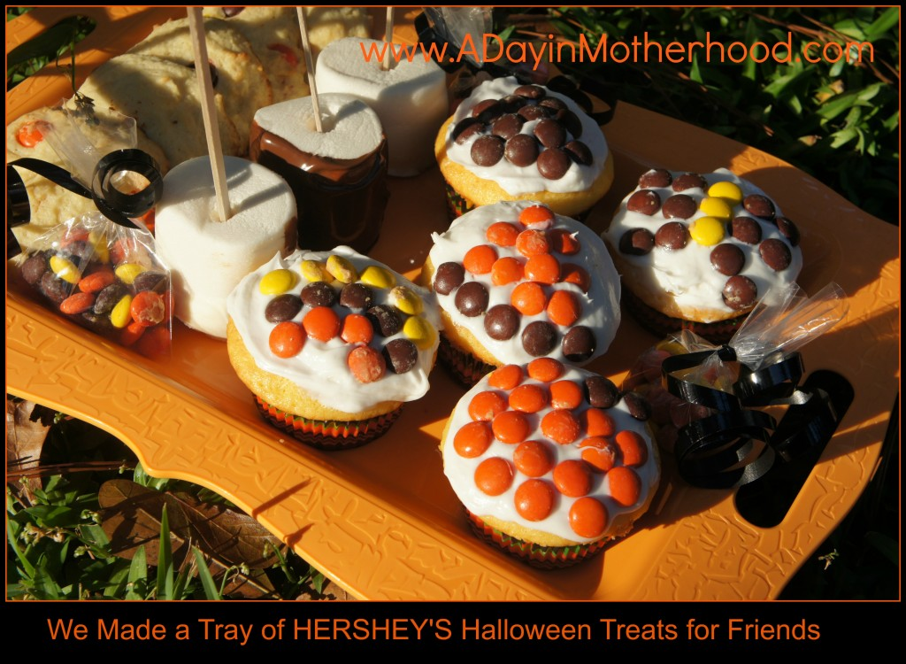HERSHEY'S Halloween Treat Tray