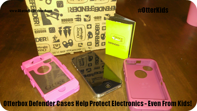 Otterbox Protects My iPhone, Even if My Kids Drop It #OtterKids