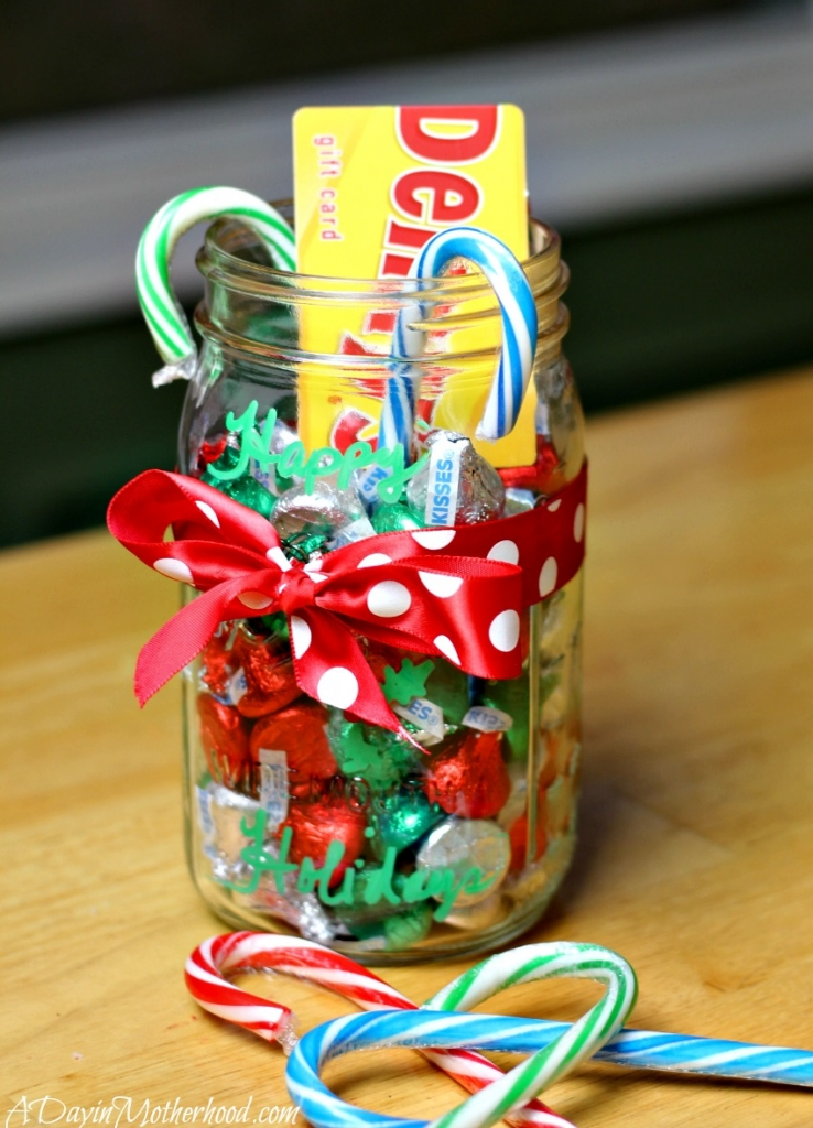 The DIY Gift Card Holder shows you care