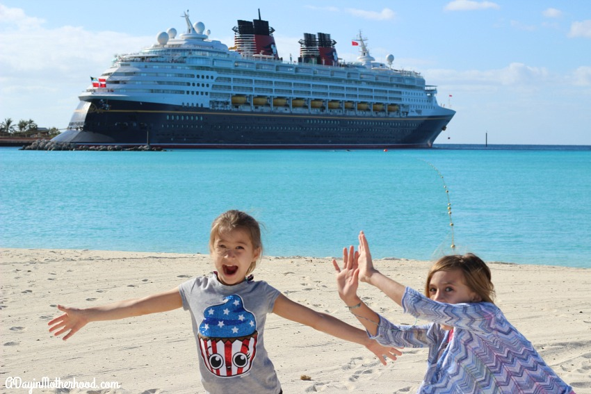 The Disney Wonder takes a day at Castaway Cay