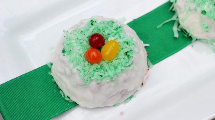 Red Velvet Easter Cakes Recipe