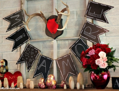 Easy DIY Valentine Mantle Sign