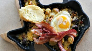 Cast Iron Skillet Bacon and Potatoes Recipe