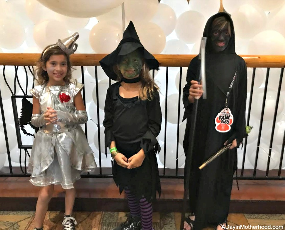 Great Wolf Lodge: Your Halloween Destination and dress up