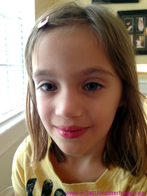 How to apply klee girls mineral make up by katie 7 Tiny girl teen