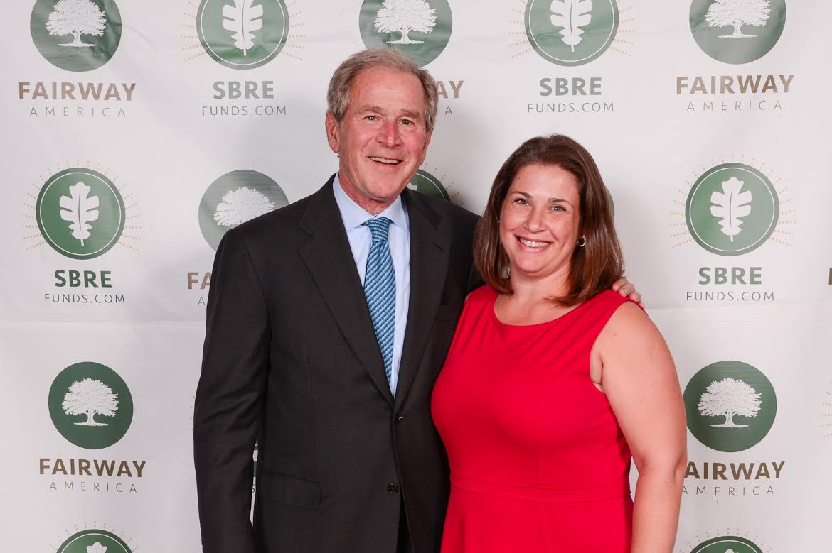 43 Things You Did Not Know About Me - Lori Pace with President Geotge W Bush on ADayinMotherhood.com