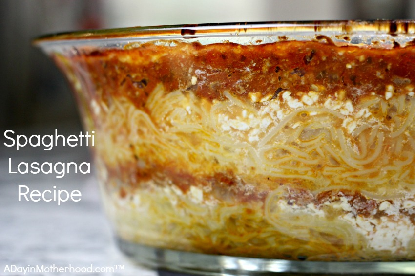 The Spaghetti Lasagna Recipe will be a family favorite from the first time you make it! #ScrubbingPower ad