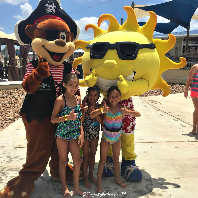 The kids got to post with Ray and his pal! #Swaywithray #ad