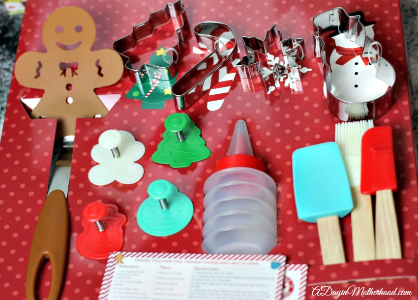 Help The Kids Make Cookies For Santa With Handstand