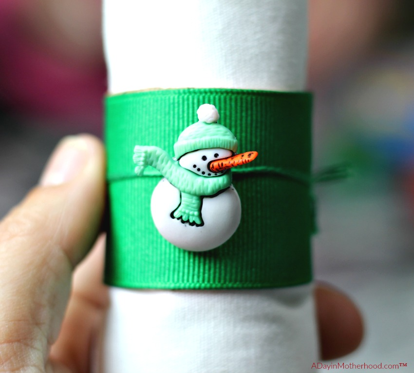 DIY Holiday Napkin Rings are fun and festive and perfect for your table!