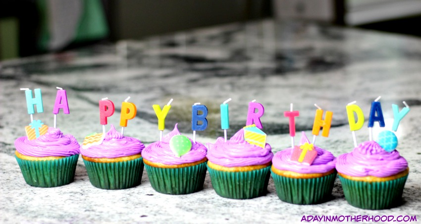 Plan a Shopkins Party with fun cupcakes