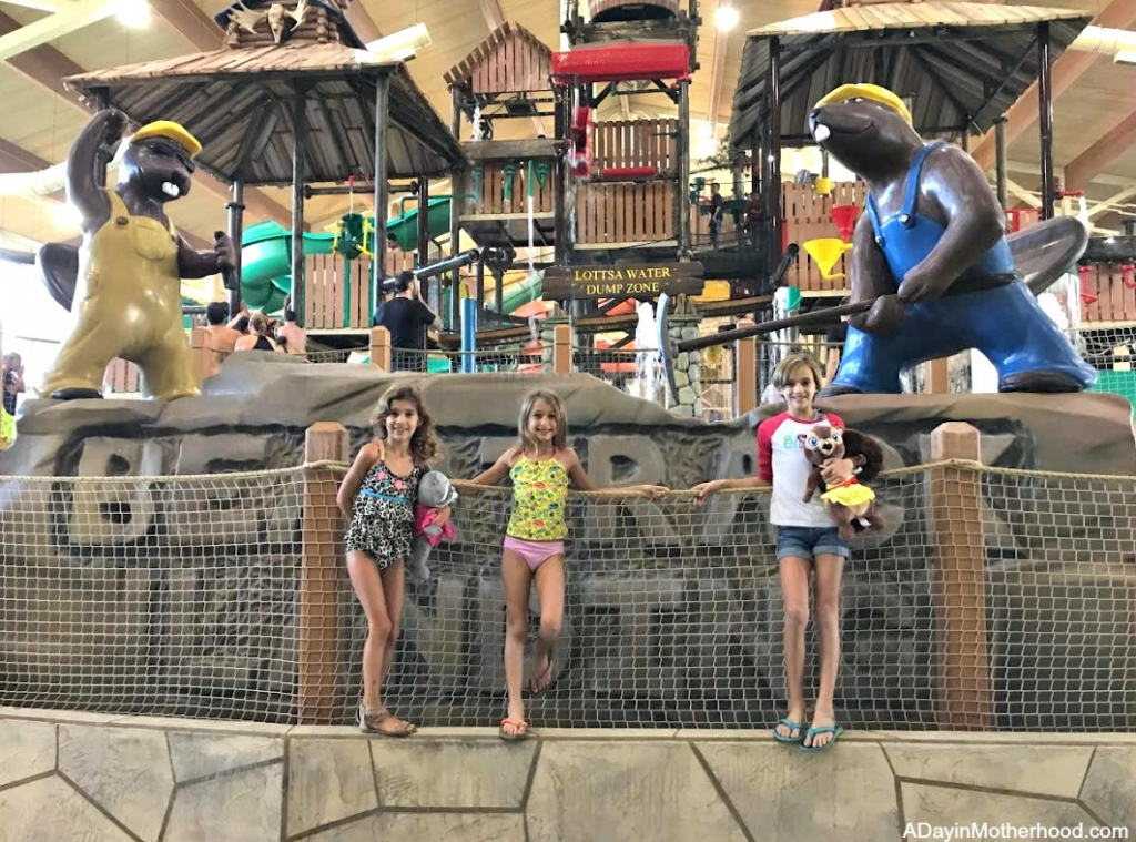 Great Wolf Lodge: Your Halloween Destination with water