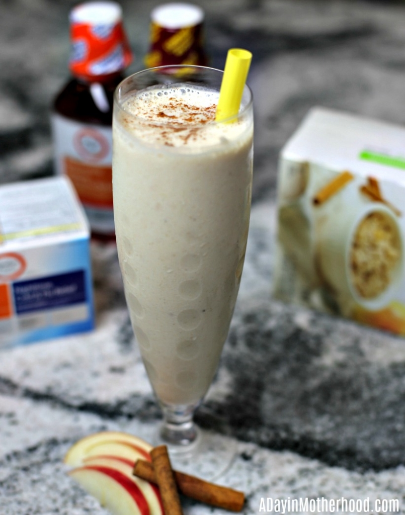 Easy Apple Cinnamon Oatmeal Smoothie Recipe