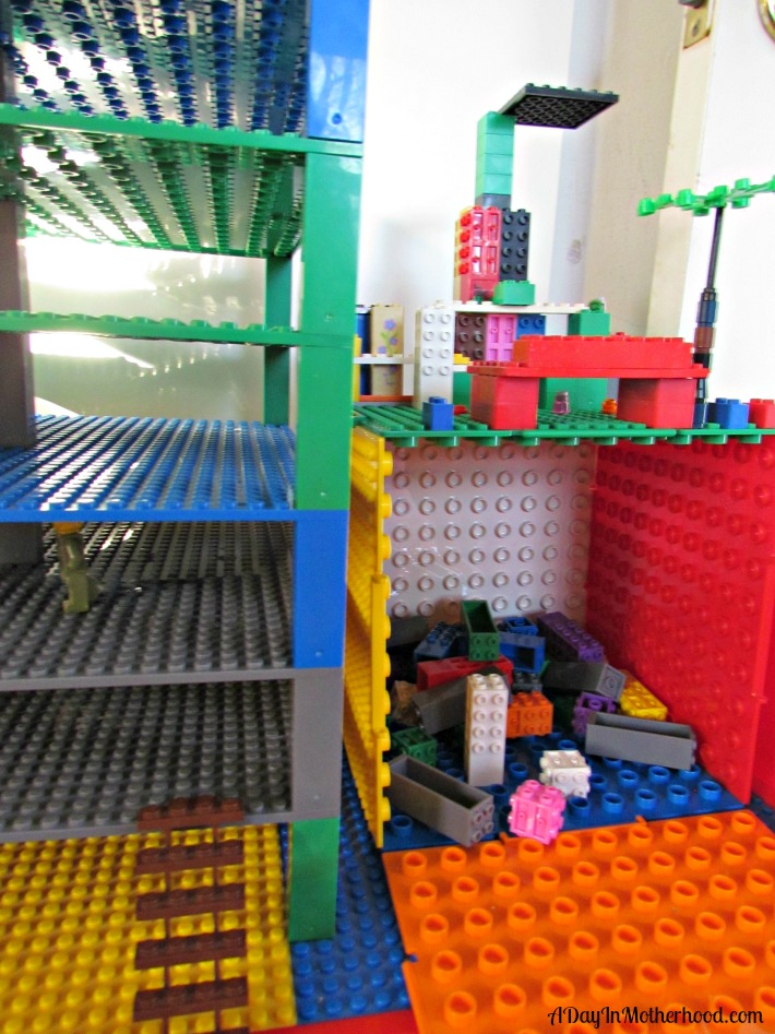 Strictly Briks building bricks compatible with other popular sets. ad
