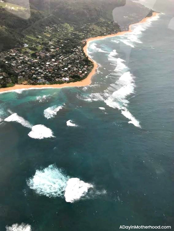 Going to Hawaii? A Blue Hawaiian Helicopter Tour is a MUST & gasp