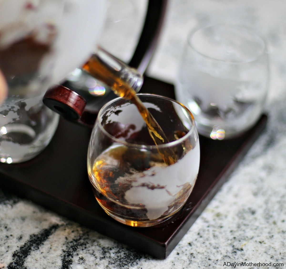 Impress Him with a Unique Gift from Royal Decanters and pour it in style