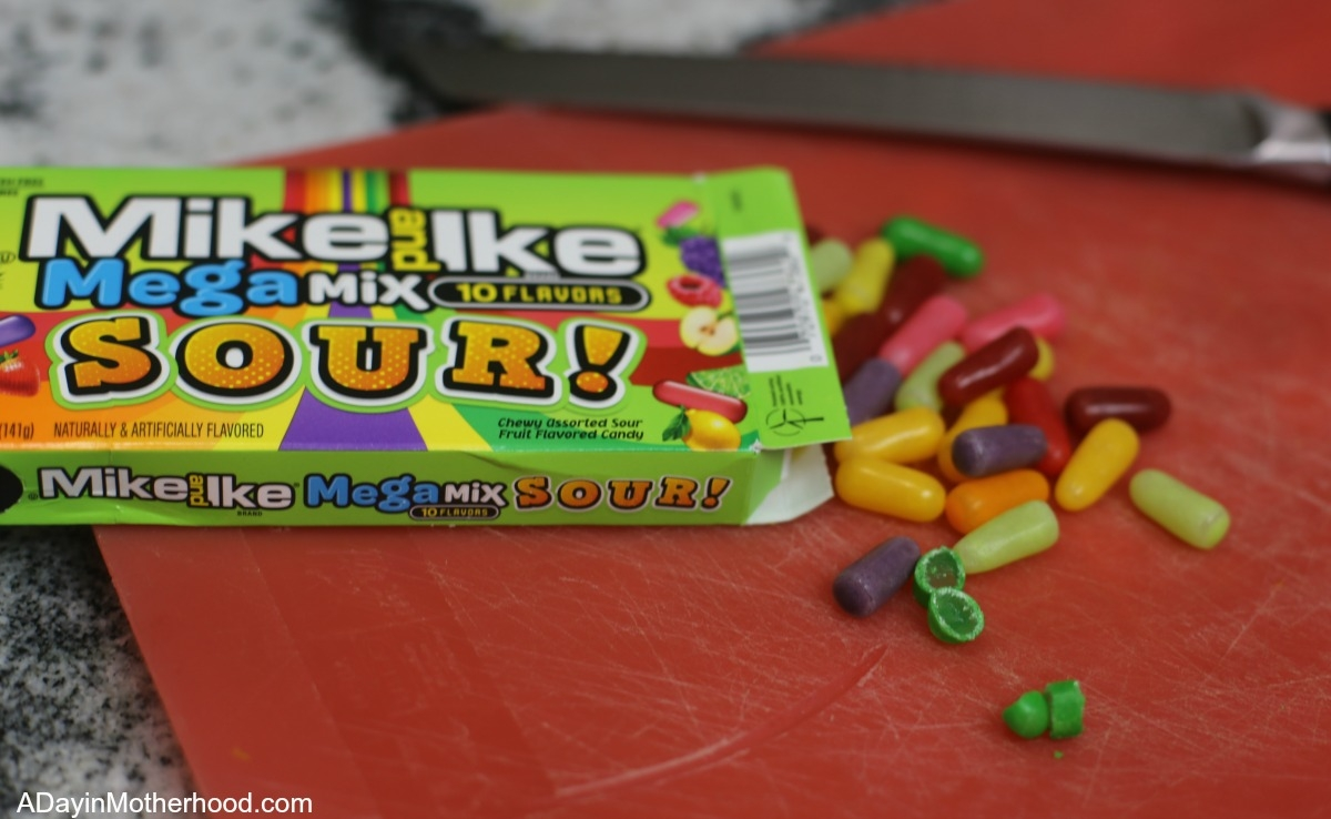 How to Make No Churn Orange Ice Cream with a Mike & Ike Sour Twist and add in the candy