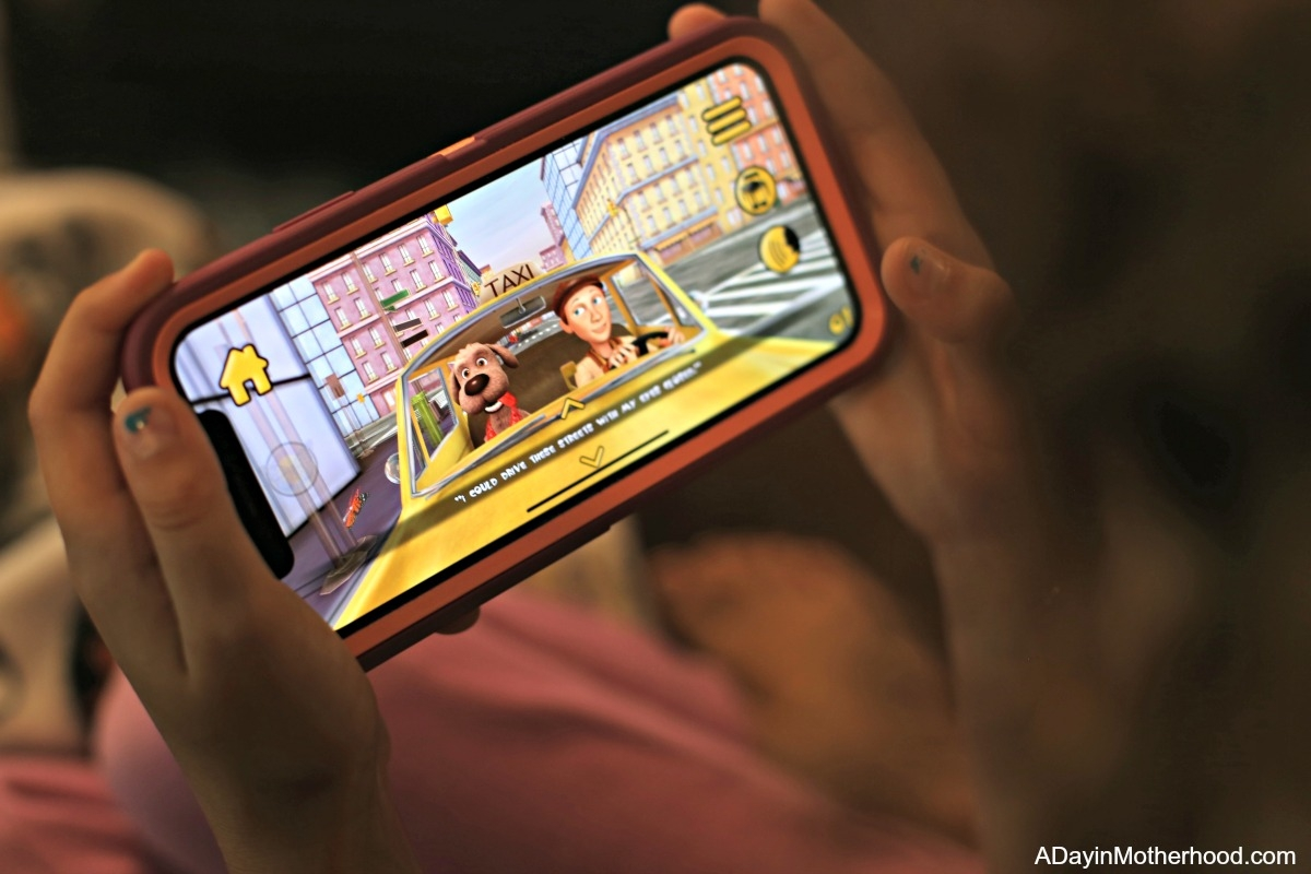 Maxi the Taxi Dog Comes to Life in an Augmented Reality App for Kids