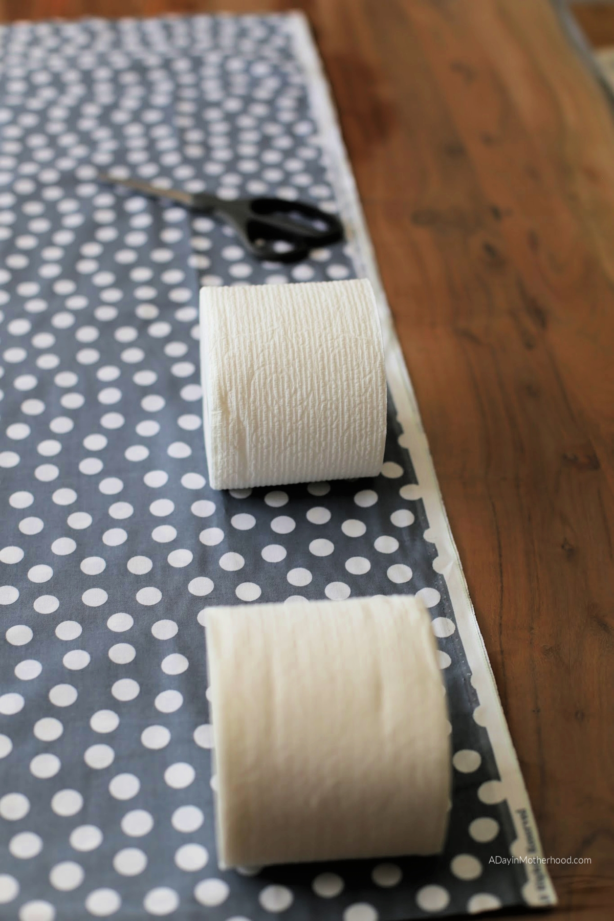 DIY No Sew Toilet Paper Holder lay them out
