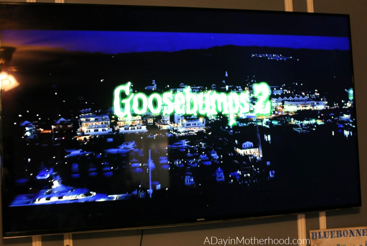 Goosebumps 2 Movie Night: Mini Ghost Cupcakes, Vortex Cookies & a Scavenger Hunt and watch it tonight