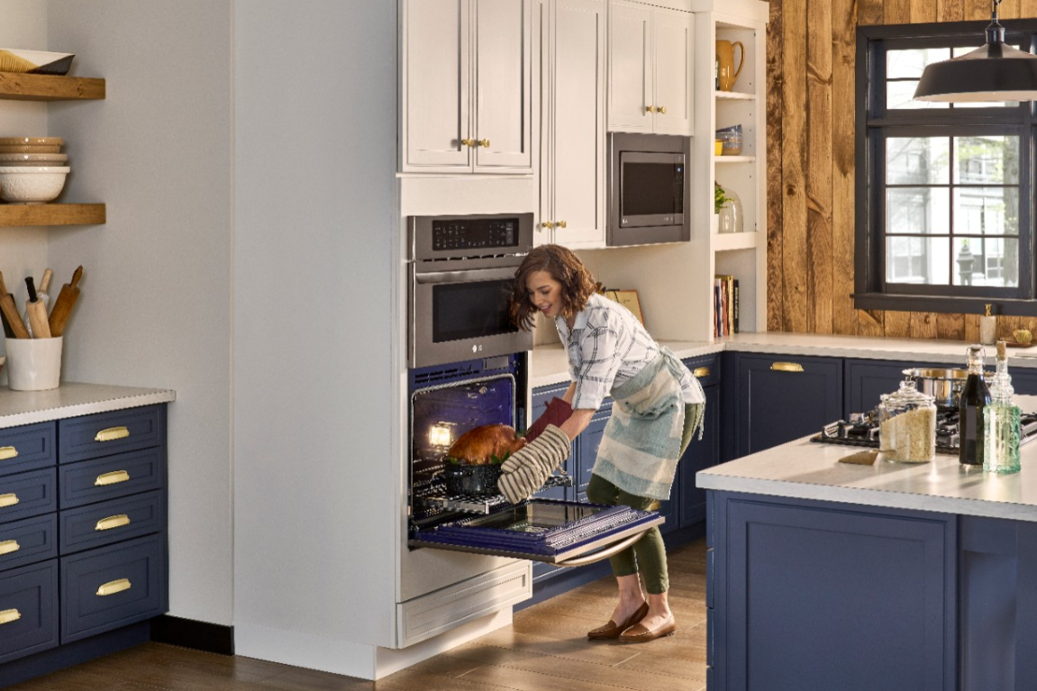 The LG Combination Double Wall Oven Will Update Your Style for dinner