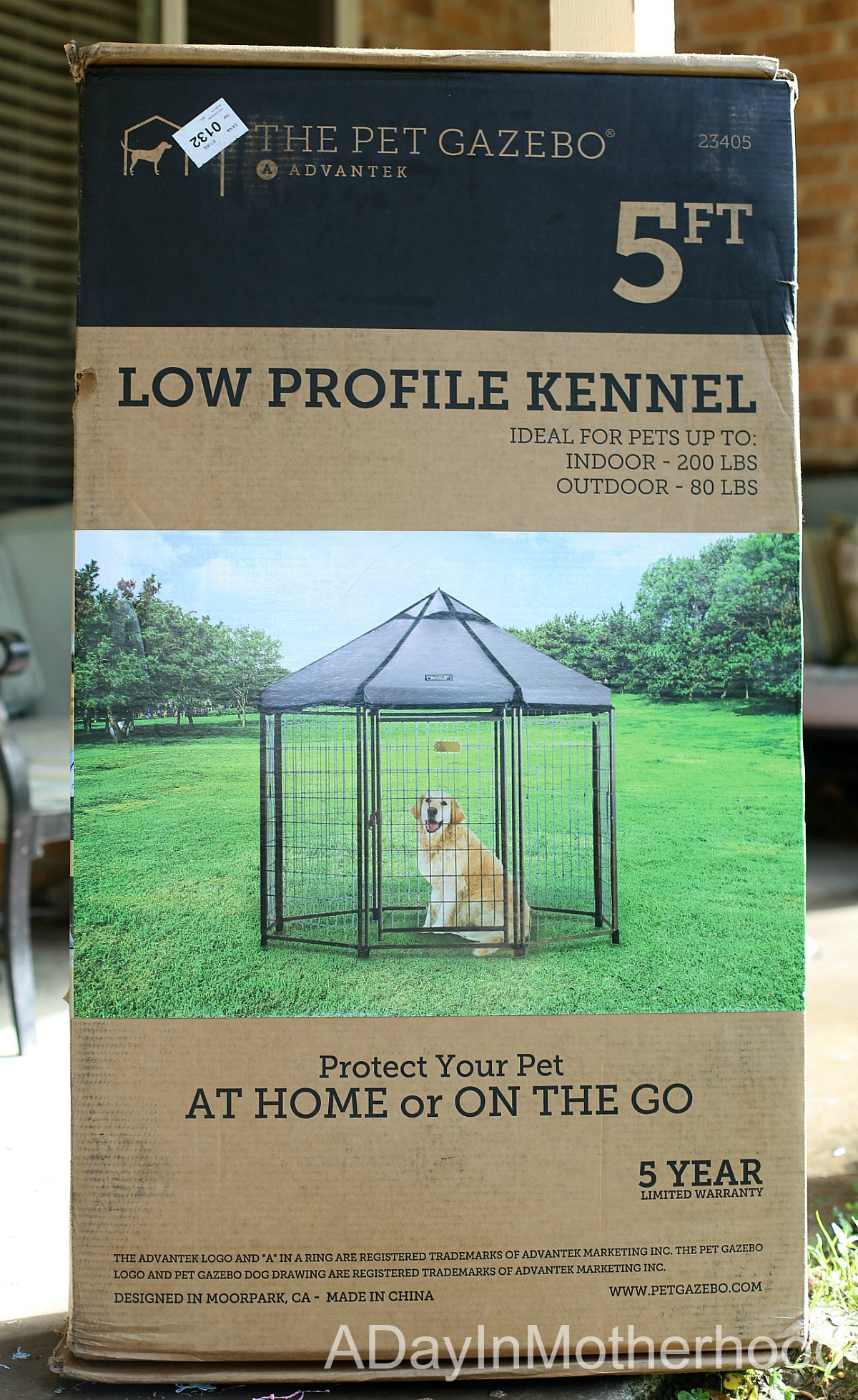 Spoil Your Dog with Space in a Rexlaxing Kennel with the The Pet Gazebo box