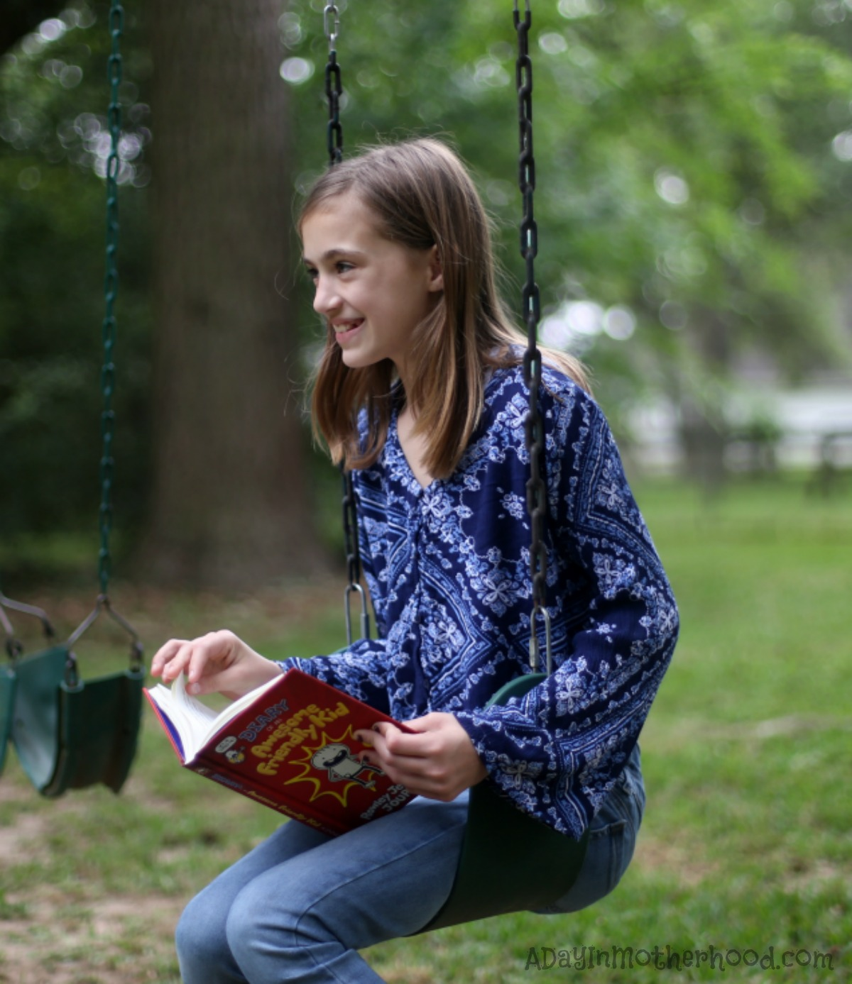 'Diary of an Awesome Friendly Kid' Offers fun Reading for Awesome Kids swinging