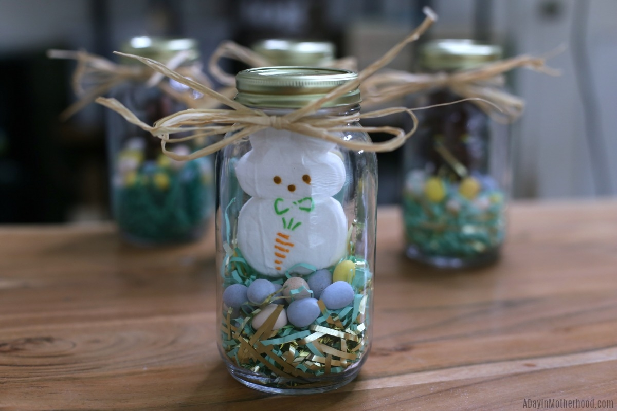 Easy Bunny Jars to Celebrate Easter and fun