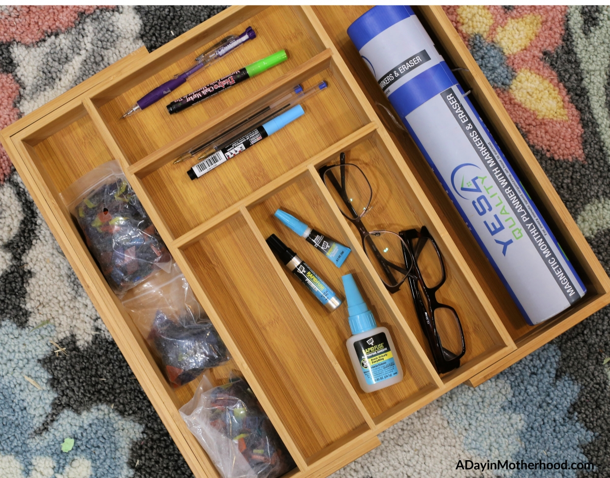 Back to School Organization 2.0 - a bamboo tray is included in the giveaway